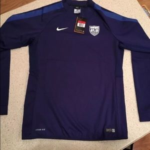 NWT Nike Women's US Soccer Storm Fit Jersey Large